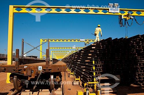 Assunto: Pátio e vagão para transporte de trilhos para a obra da Ferrovia Transnordestina -  TLSA - Transnordestina Logística S/A / Local: Salgueiro - Pernambuco (PE) - Brasil / Data: 10/2011