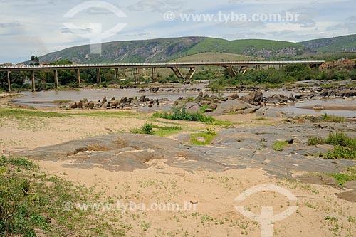 Assunto: Ponte sobre Rio Jequitinhonha - Rodovia BR-367 / Local: Coronel Murta - Minas Gerais (MG) - Brasil / Data: 11/2011