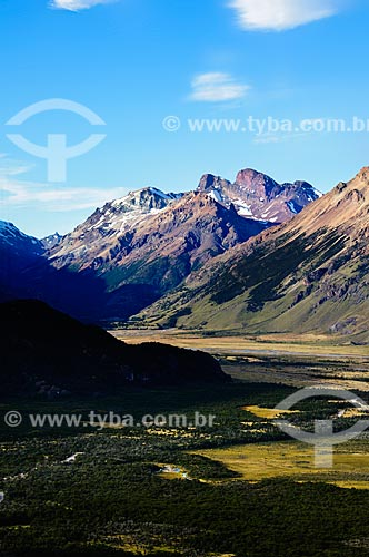 Assunto: Vista do Vale do Rio de Las Vueltas / Local: El Chalten - Província de Santa Cruz - Argentina - América do Sul / Data: 02/2010