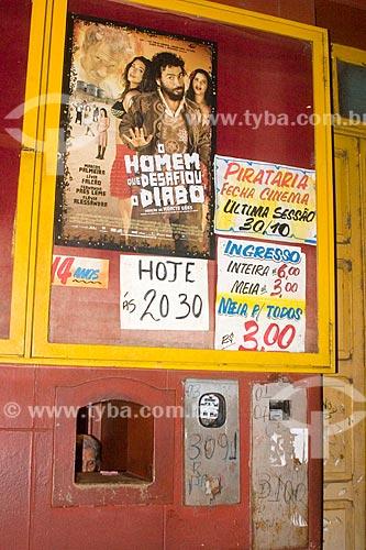 Assunto: Cartaz anunciando a última sessão de cinema do primeiro cinema de Porto Velho - Cine Brasil (1939) / Local: Porto Velho - Rondônia (RO) - Brasil / Data: 10/2007