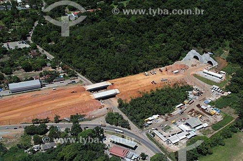Assunto: Tunel da Grota Funda - Acesso para Guaratiba / Local: Rio de Janeiro (RJ) - Brasil / Data: 01/2012