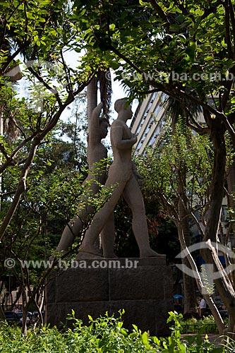 Assunto: Monumento à Juventude Brasileira (1947) - Autoria de Bruno Giorgi - Jardins do Palácio Gustavo Capanema / Local: Centro - Rio de Janeiro (RJ) - Brasil / Data: 09/2011