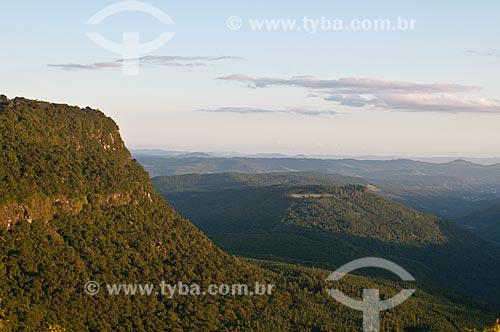 Assunto: Vale do Quilombo visto a partir do mirante do Parque Laje de Pedra / Local: Canela - Rio Grande do Sul (RS) - Brasil / Data: 01/2012