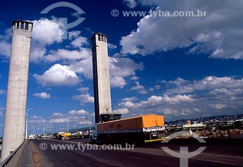 Assunto: Ponte do Guaíba / Local: Porto Alegre - Rio Grande do Sul (RS) - Brasil / Data: 09/2007