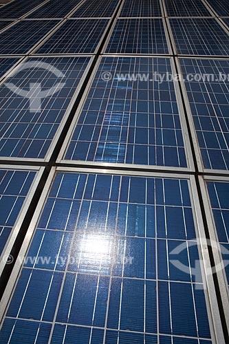 Painéis fotovoltaicos para captação de energia solar no Instituto de Eletrotecnica e Energia da Universidade de São Paulo (IEE - USP) Programa para o desenvolvimento das aplicações da energia solar fotovoltaica  - São Paulo - São Paulo - Brasil