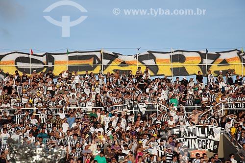Assunto: Torcedores do Ceará durante o jogo Ceará x Santos pelo Campeonato Brasileiro Série A / Local: Fortaleza - Ceará (CE) - Brasil / Data: 11/2011