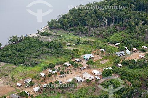 Assunto: Vista aérea da comunidade ribeirinha de Bom Jesus do Puduari  / Local: Novo Airão - Amazonas (AM) - Brasil / Data: 10/2011