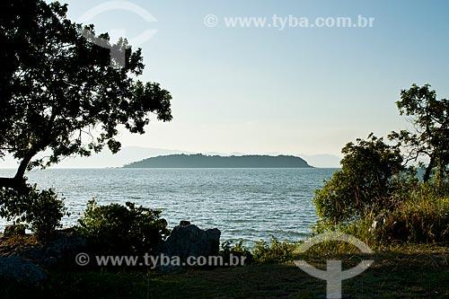 Assunto: Ilha de Ratones vista da Ponta do Sambaqui, no distrito de Santo Antonio de Lisboa / Local: Florianópolis - Santa Catarina (SC) - Brasil / Data: 03/2012