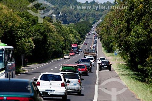 Assunto: Acesso a região litorânea entre Viamão e Cidreira - Rodovia RS-040 altura do KM 12 / Local: Rio Grande do Sul (RS) - Brasil / Data: 02/2012