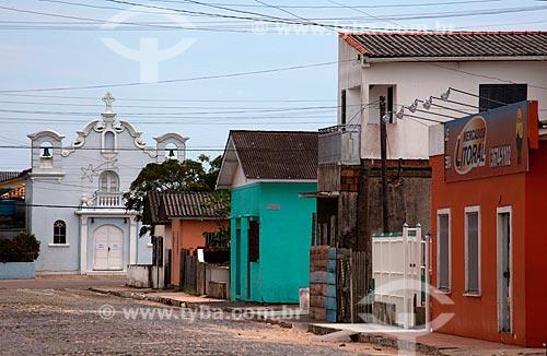 Assunto: Rua com Capela de Santo Antônio ao fundo / Local: Tavares - Rio Grande do Sul (RS) - Brasil / Data: 02/2012