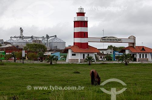 Assunto: Portal de entrada da cidade visto da BR-471 / Local: Santa Vitória do Palmar - Rio Grande do Sul (RS) - Brasil / Data: 02/2012