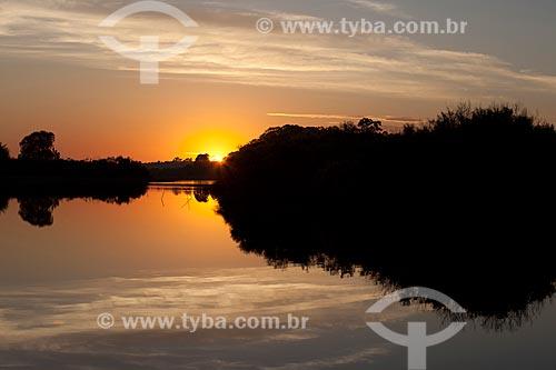 Assunto: Amanhecer no Arroio Pelotas / Local: Pelotas - Rio Grande do Sul (RS) - Brasil / Data: 02/2012
