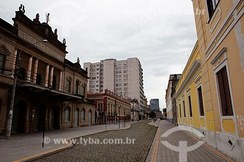 Assunto: Teatro Guarany com Rua Lobo da Costa / Local: Pelotas - Rio Grande do Sul (RS) - Brasil / Data: 02/2012