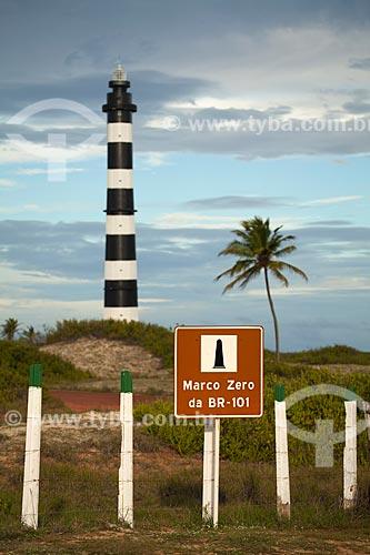 Radio-Farol Calcanhar também chamado Farol de Touros é o maior farol do Brasil - Localizado na chamada esquina do continente onde fica o marco zero da rodovia BR-101  - Touros - Rio Grande do Norte - Brasil