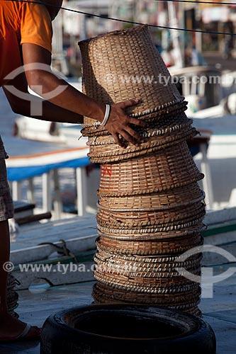 Assunto: Cestos de palha para transporte de açaí - Mercado da Rampa de Santa Inês (Rampa do Açaí) / Local: Macapá - Amapá (AP) - Brasil / Data: 04/2012