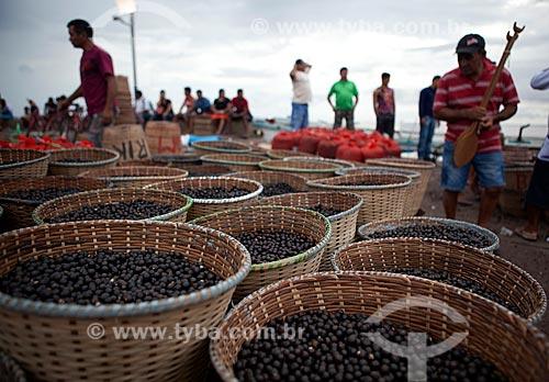 Assunto: Comércio de açaí - Mercado da Rampa de Santa Inês (Rampa do Açaí) / Local: Macapá - Amapá (AP) - Brasil / Data: 04/2012