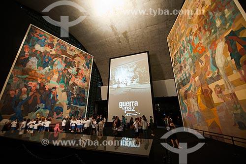 Assunto: Exposição Guerra e Paz no Memorial da América Latina - Painéis Guerra e Paz de Cândido Portinari que foram restaurados e fazem parte do acervo da ONU em Nova Yorque / Local: São Paulo (SP) - Brasil / Data: 03/2012