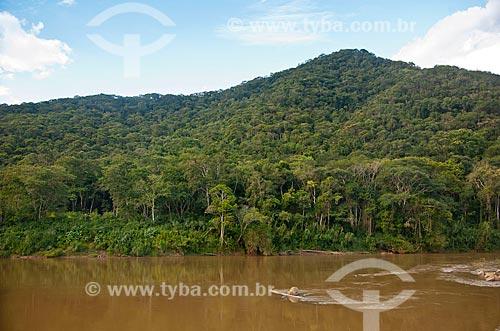 Assunto: Rio Ribeira de Iguape na região de Eldorado / Local: Eldorado - São Paulo (SP) - Brasil / Data: 02/2012