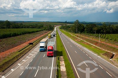 Assunto: Rodovia Estadual Professor Francisco da Silva Pontes - Trecho da Rodovia SP-127  / Local: Itapetininga - São Paulo (SP) - Brasil / Data: 01/2012