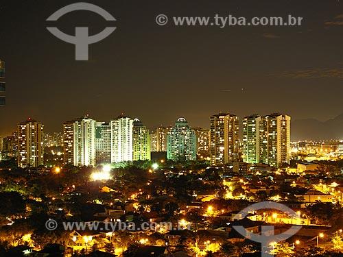 Assunto: Prédios da Barra da Tijuca com iluminação noturna / Local: Barra da Tijuca - Rio de Janeiro (RJ) - Brasil / Data: 06/2012