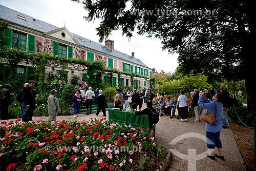 Assunto: Pessoas visitando a casa de Claude Monet / Local: Giverny - França - Europa / Data: 06/2012