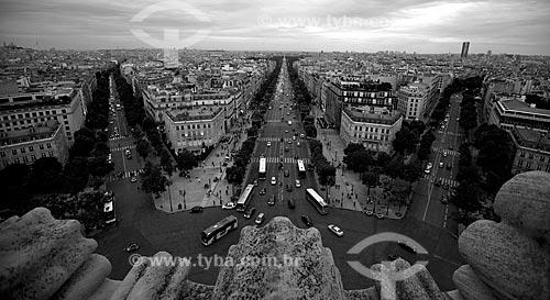 Assunto: Vista aérea da Avenida Champs Élysées do Arco do Triunfo / Local: Paris - França - Europa / Data: 06/2012