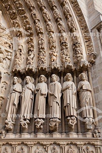 Assunto: Detalhe do Portal do Julgamento na Catedral de Notre Dame (Século XII) / Local: Paris - França - Europa / Data: 06/2012