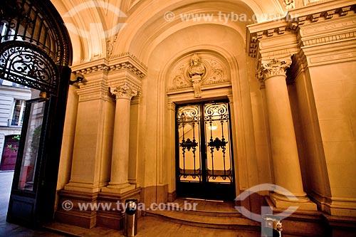 Hall de entrada da Casa de Santos Dumont em Paris - Avenida Champs Élysées, 114  - Brasil
