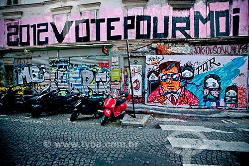 Assunto: Grafite em muro das ruas de Montmartre / Local: Montmartre - Paris - França - Europa / Data: 06/2012