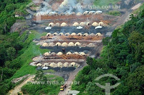 Assunto: Serraria com fornos de carvoaria próxima à Reserva Biológica de Gurupi / Local: Maranhão (MA) - Brasil / Data: 05/2012