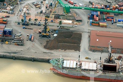Assunto: Carregamento de ferro-gusa no Porto de Itaqui, terminal Marítimo de Ponta da Madeira / Local: São Luís - Maranhão (MA) - Brasil / Data: 05/2012