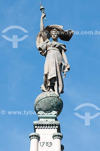 Assunto: Detalhe do topo do Monumento Júlio de Castilhos - Praça da Matriz / Local: Porto Alegre - Rio Grande do Sul (RS) - Brasil / Data: 05/2012