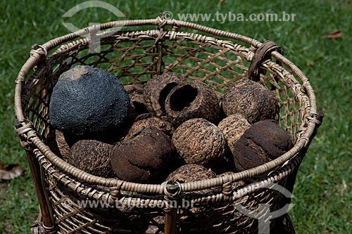 Assunto: Museu Sacaca - Jamaxi, cesto utilizado pelos castanheiros na coleta e transporte dos ouriços e amêndoas da castanha / Local: Macapá - Amapá (AP) - Brasil / Data: 04/2012