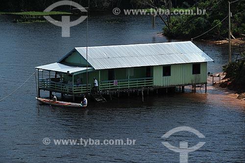 Assunto: Casa no Rio Amazonas na época da cheia / Local: Manaus - Amazonas (AM) - Brasil / Data: 07/2012