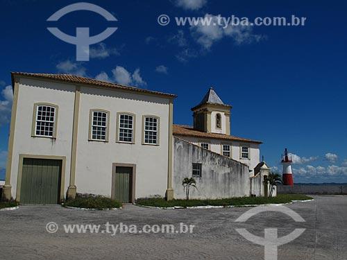 Assunto: Igreja de Nossa Senhora do Monte Serrat (séc. XVI) e Farol Monte Serrat / Local: Monte Serrat - Salvador - Bahia (BA) - Brasil / Data: 07/2012