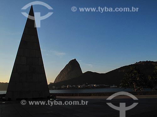Assunto: Monumento Estácio de Sá com Pão de Açúcar ao fundo / Local: Flamengo - Rio de Janeiro (RJ) - Brasil / Data: 07/2012