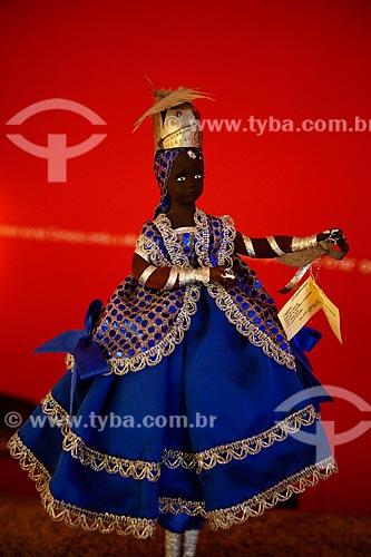 Assunto: Manequim com traje de Ogum no Memorial das Baianas - o mais guerreiro Orixá do Candomblé - domínio dos metais - forja ele mesmo suas armas e ferramentas / Local: Salvador - Bahia (BA) - Brasil / Data: 07/2012