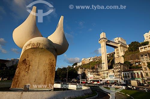 Assunto: Fonte da Rampa do Mercado e Elevador Lacerda  / Local: Cidade Baixa - Salvador - Bahia (BA) - Brasil / Data: 07/2012