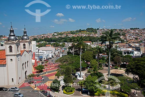 Assunto: Vista da Igreja Catedral de Santana na praça Anchieta / Local: Itapeva - São Paulo (SP) - Brasil / Data: 02/2012