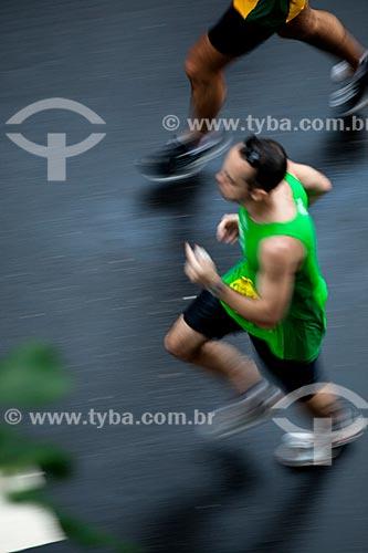 Assunto: Corredor durante a Meia Maratona da Cidade do  Rio de Janeiro / Local: Rio de Janeiro  -  Rio de Janeiro (RJ) - Brasil / Data: 07/2012