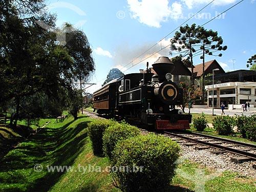 Assunto: Trem fazendo passeio turístico / Local: Vila Capivari - Campos do Jordão - São Paulo (SP) - Brasil / Data: 09/2012