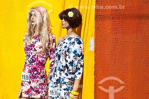 Assunto: Comércio popular na Avenida Azenha / Local: Porto Alegre - Rio Grande do Sul (RS) - Brasil / Data: 07/2012