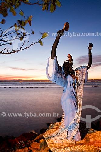 Assunto: Estátua de Iemanjá na Praia do Ribeirão da Ilha / Local: Ribeirão da Ilha - Florianópolis - Santa Catarina (SC) - Brasil / Data: 08/2012
