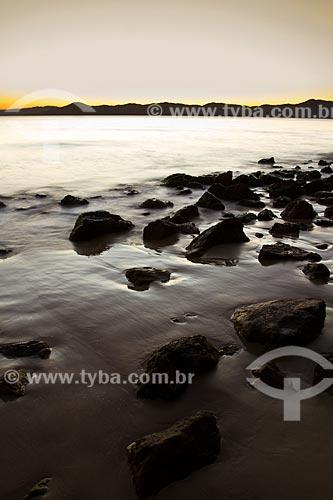 Assunto: Pôr do sol na Praia de Ponta das Canas / Local: Ponta das Canas - Santa Catarina (SC) - Brasil / Data: 09/2012