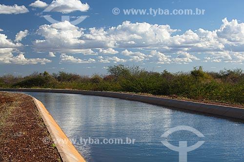 Assunto: Canal de irrigação Adutora do Oeste - obra do PAC 2 que leva água do rio São Francisco da cidade de Orocó até Ouricuri / Local: Orocó - Pernambuco (PE) - Brasil / Data: 06/2012
