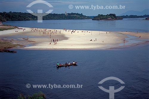 Assunto: Pessoas na praia de São Gabriel da Cachoeira no Alto Rio Negro / Local: São Gabriel da Cachoeira - Amazonas (AM) - Brasil / Data: 2002