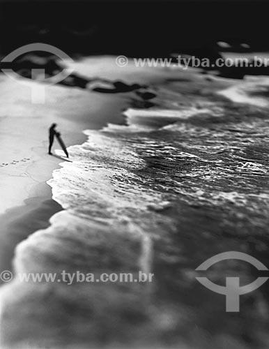 Assunto: Surfista na Prainha / Local: Recreio dos Bandeirantes - Rio de Janeiro (RJ) - Brasil / Data: 09/2012