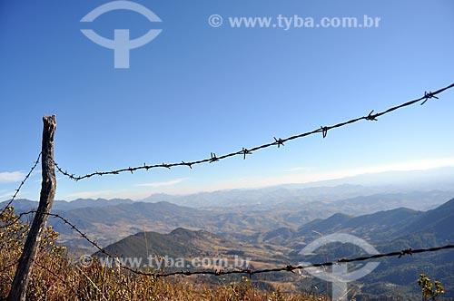 Assunto: Cerca de arame farpado / Local: Itamonte - Minas Gerais (MG) - Brasil / Data: 07/2011