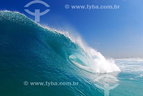 Assunto: Onda na Praia de Massambaba / Local: Arraial do Cabo - Rio de Janeiro (RJ) - Brazil / Data: 05/2009
