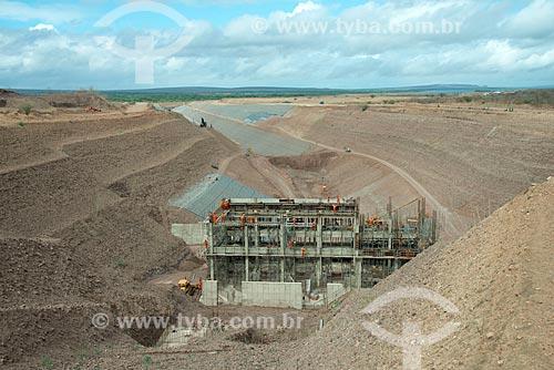 Assunto: Construção de unidade de Bombeamento e Canal de aproximação - Projeto de Integração do Rio São Francisco com Bacias Hidrográficas do Nordeste Setentrional / Local: Floresta - Pernambuco (PE) - Brasil / Data: 08/2012